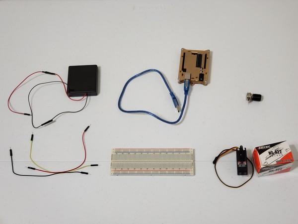 controlling-a-servo-motor-1
