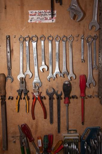 tool_wall_tool_storage_0