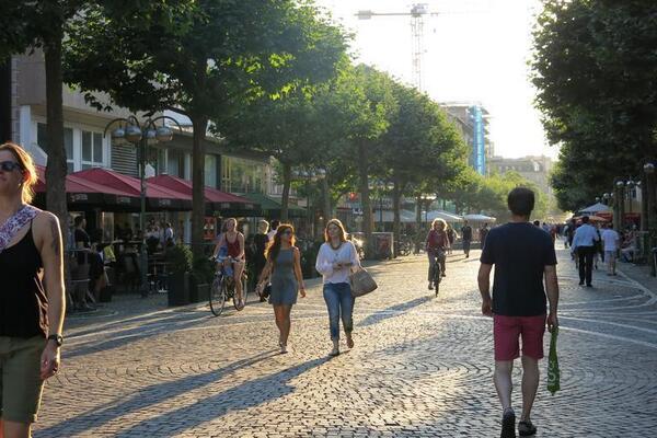 pedestrians_1